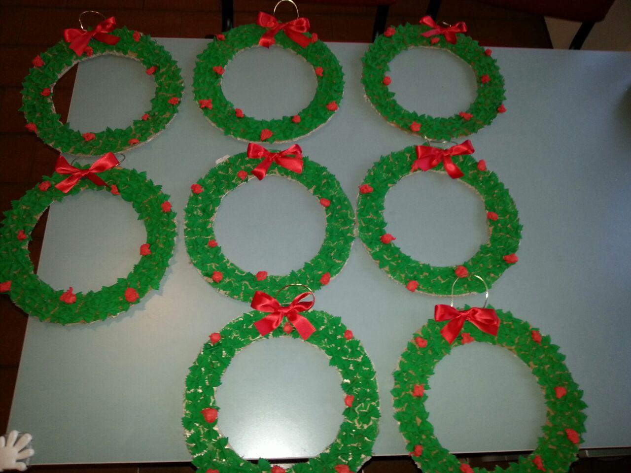 Lavoretti Di Natale Ghirlande Per Bambini.I Lavori Dei Bimbi Micronido Peter Pan Rovellasca